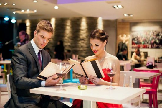 Pick The Best Restaurant For A Romantic Dinner With Your Date