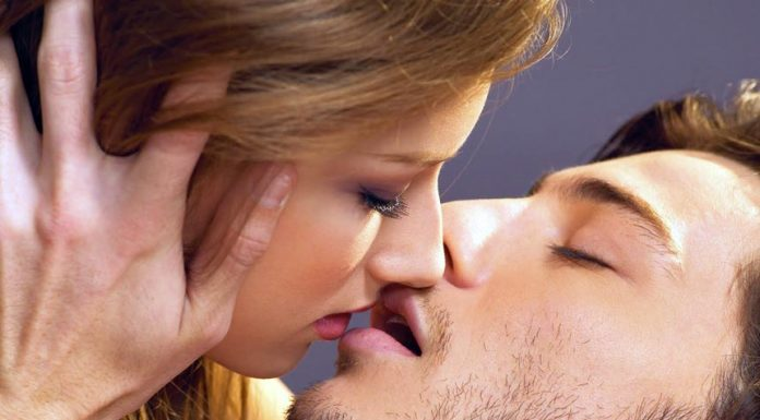 Tips to improve your kissing skils