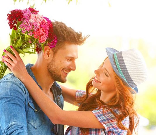 how to compliment a girl online dating